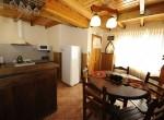 Cabaña 6 – Cocina / Comedor